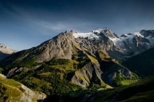 camping face aux glaciers de la Meije